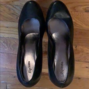 Zigi Soho Black Leather platform heels